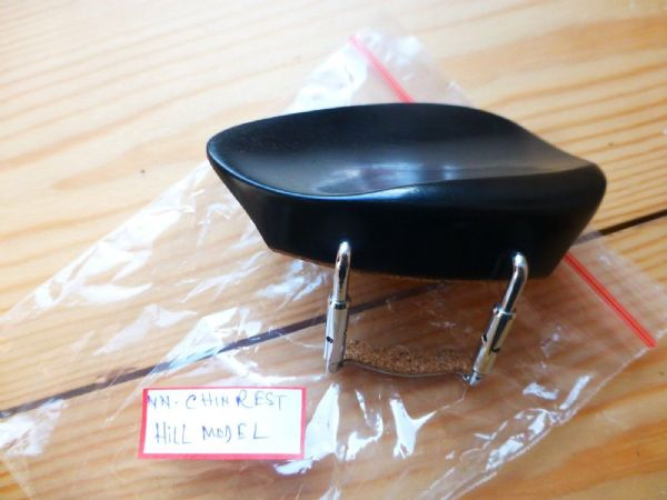 EBONY VIOLIN CHIN REST, HILL MODEL, WITH CORKED CLAMP, 4/4, FROM UK